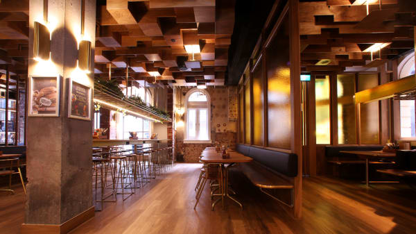 inside - The Oxford Scholar, Melbourne (VIC)