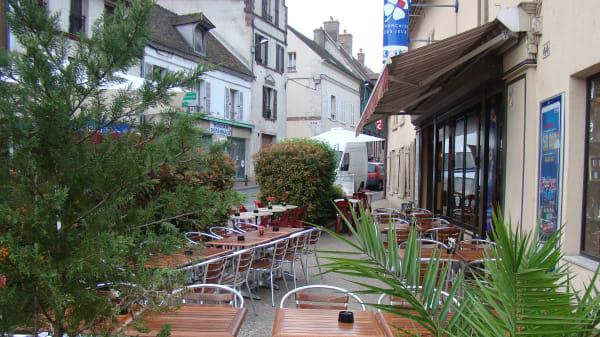 Zoom sur la terrasse - Le Paris, Houdan