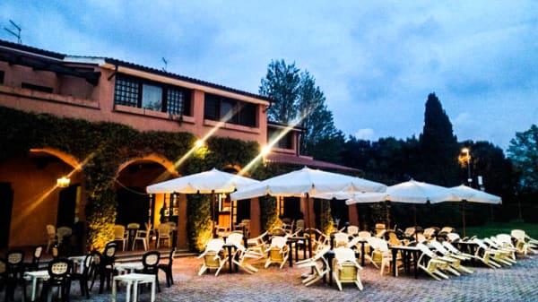 Tavoli terrazza - La Piazzetta di Torre Maremma, Montalto di Castro