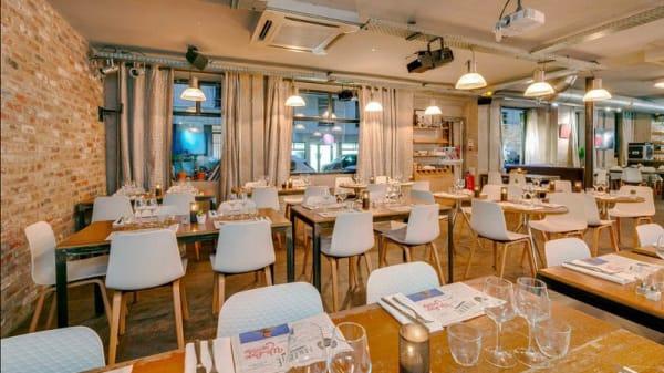 vue de la salle - Le Paname Art Café, Paris
