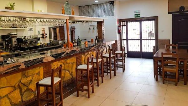 Vista del interior - Mesón La Casa de Miguel, Maracena
