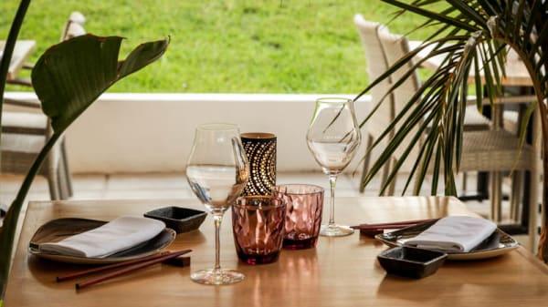 Detalle de la mesa - Nanami, Arona