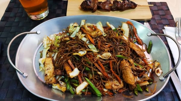 Kamayan comida filipina Asian food, Madrid