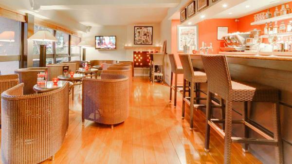 Salle et bar - Le Woods Regina, Hardelot-Plage