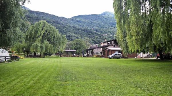 Esterno - Agriturismo La Fattoria, Montagna In Valtellina