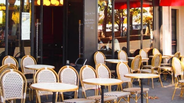 Terrasse - Le New York, Paris