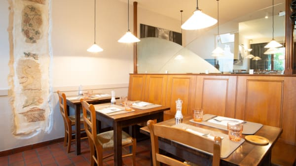 Salle du restaurant - Zio, Waterloo