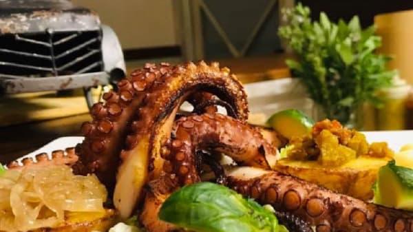 Suggerimento dello chef - Decanter Full Proof, Ragusa