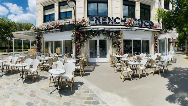 French Coco, Paris