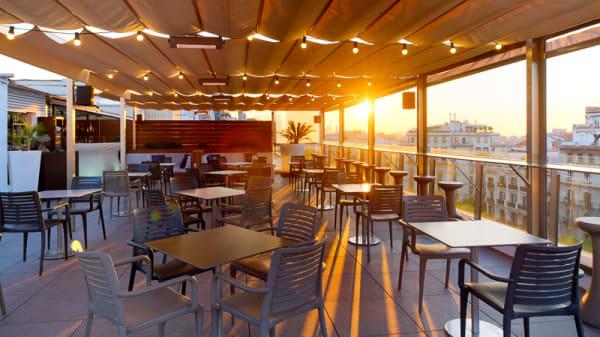 Vista terraza - Pool Up Gastrobar - Gran Hotel Havana, Barcelona