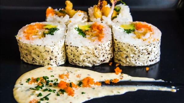Plato - Ikura Sushi Modesto Lafuente, Madrid