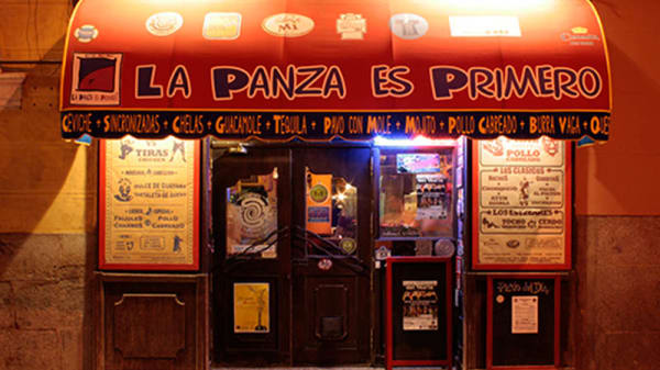 Vista fachada - La Panza es Primero Libertad, Madrid