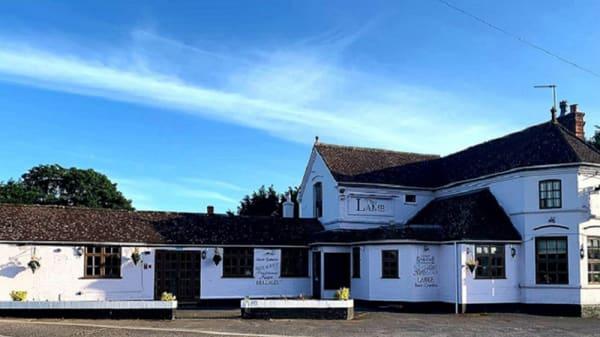 Exterior - RISARO @ The Lamb Inn, Christchurch