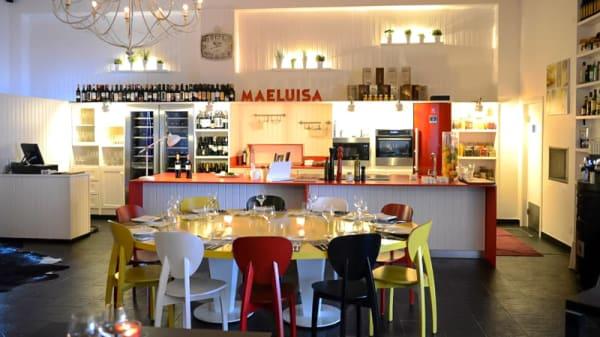 Sala do restaurante - MaeLuisa, Arrouquelas