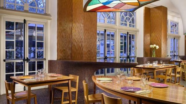 "San Frediano Bar & Restaurant by ""UNA cucina"", Firenze"