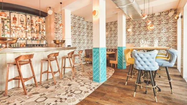 Bar & Table d'hôte - Istr, Paris