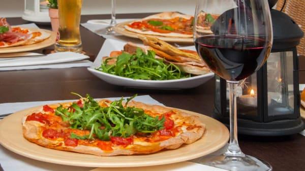 Sugestão do chef - Pizzaria Azeite & Alho com Tomate, Lisboa