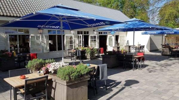Terras - Eet & Café Onder de Pannen, Doorn