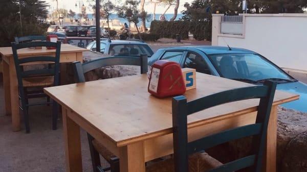 Esterno - Piazza di spagna Cafe, Monopoli