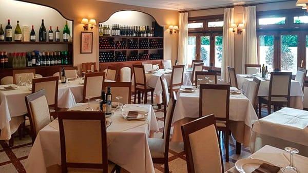 Sala del restaurante - Mar de Plata, Almuñécar