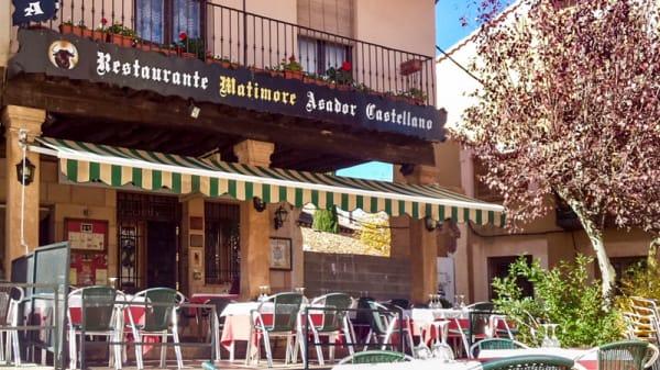 ENTRADA AL RESTAURANTE - Matimore Restaurante Asador, Riaza