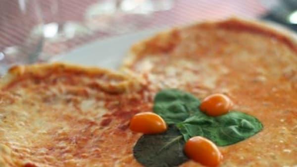 Pizza love - Restaurang Esplanad, Stockholm