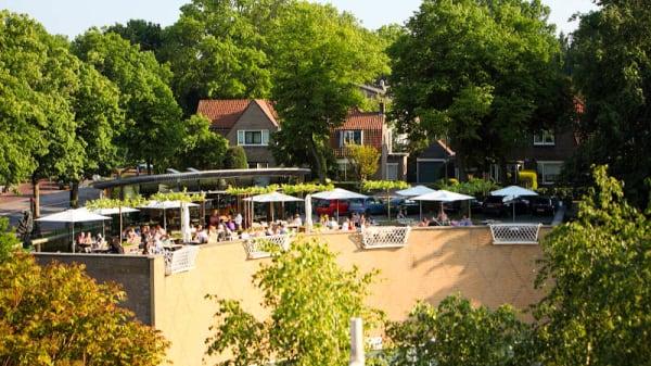 Terras - Parc, Hilversum