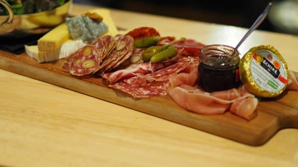 charcuterie - BiBoViNo - caviste bar à vins, La Roche-sur-Yon
