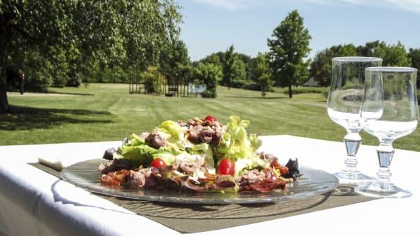 Un déjeuner dépaysant - L'Etiquette - Le Restaurant du Golf de Limère, Ardon