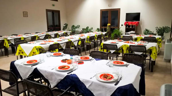 Vista sala - Su Sensu...Bar Pizzeria Bisteccheria, Ussaramanna