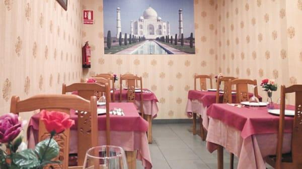 Visit sala - De la India, Valencia