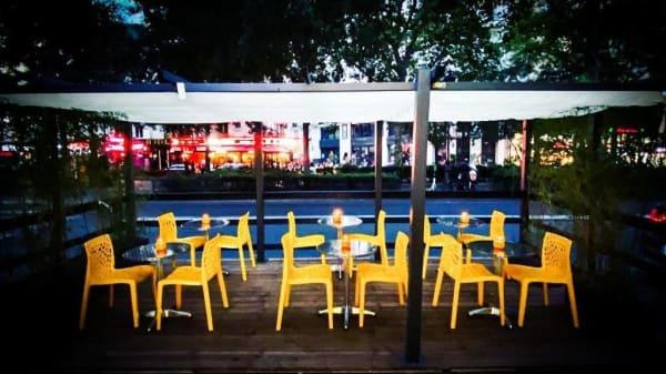 Terrasse - Yellow Kitchens, Paris