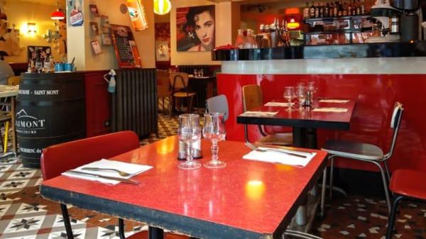 Salle du restaurant - Gladines Batignolles, Paris