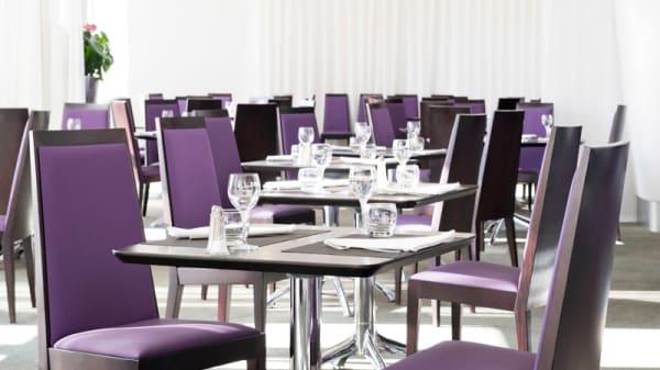tables - Novotel Bourges, Trouy