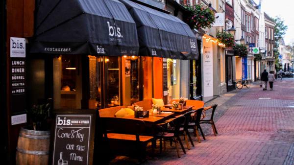 Avond voorkant - Restaurant Bis, Utrecht