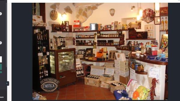 prelibatezze locali - Cantina Nina, Napoli