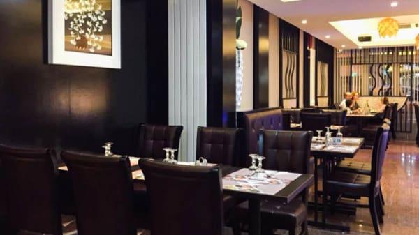 Salon du restaurant - Okito, Montrouge