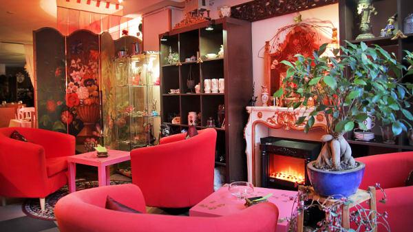 vista interior - El Barrustrillo de Irene: Cocktails y menús especiales, Barcelona