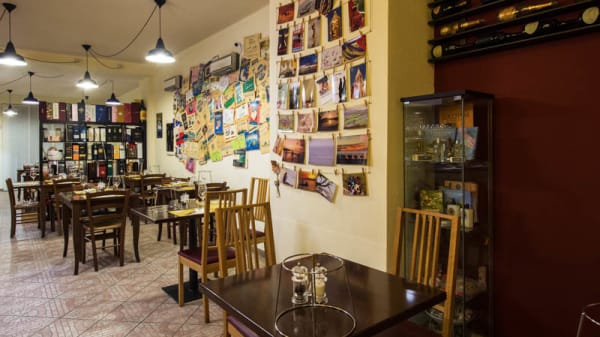 Sala del ristorante - Indarsena Oyster Bar, Genoa