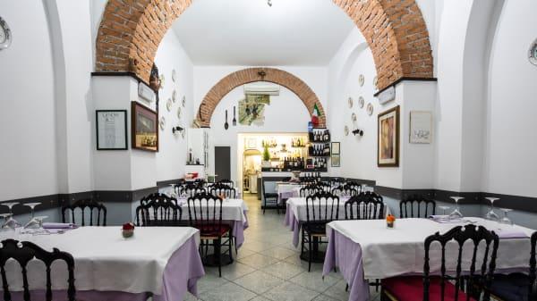 La sala - Ai due Pino - Angolo della Lucania, Genoa