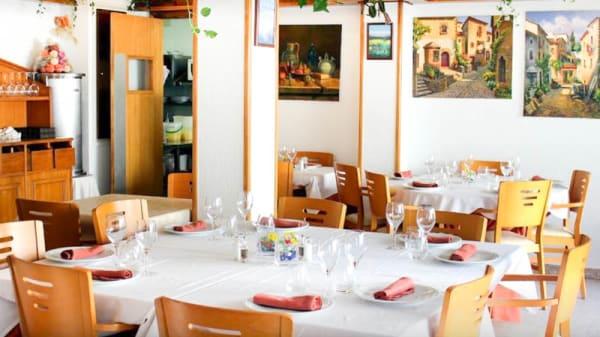 Vista de la sala - Restaurante Tursia, Tossa De Mar