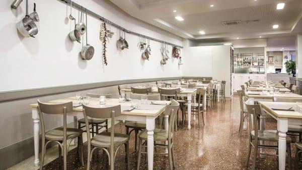 Interno - La Brasserie Mediterranea, Schiavon