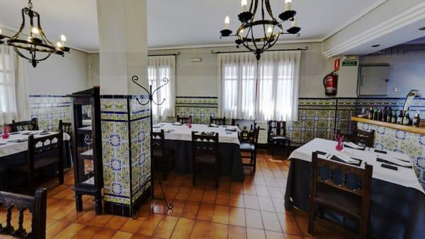 Vista sala - Huerto Martínez, Cheste