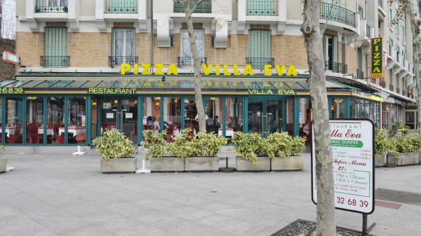 Devanture - La Villa Eva, Paris