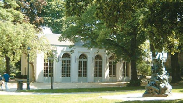façade 2 - L'Orangerie Du Parc D'Egmont, Brussels