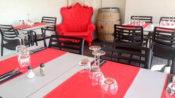 Vue de la salle - La Nouvelle Table, Sausset-les-Pins