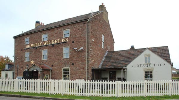 The Willy Wicket, Bristol