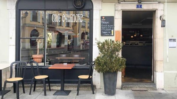 Entrée - Café Équinoxe, Carouge