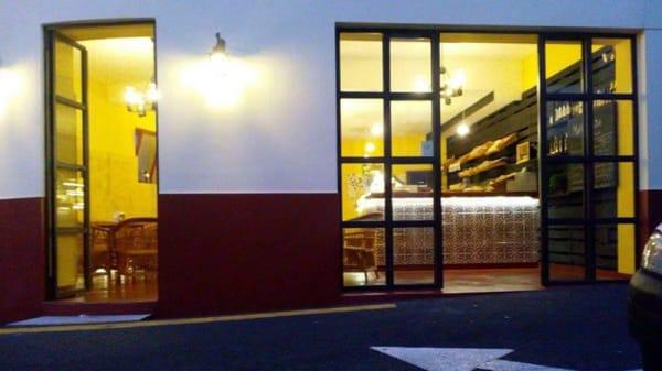 Entrada - Mallassada Boutique, Funchal