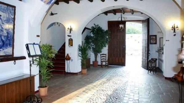 Vista entrada - Cortijo Antiguo Venta San Antonio, Casarabonela